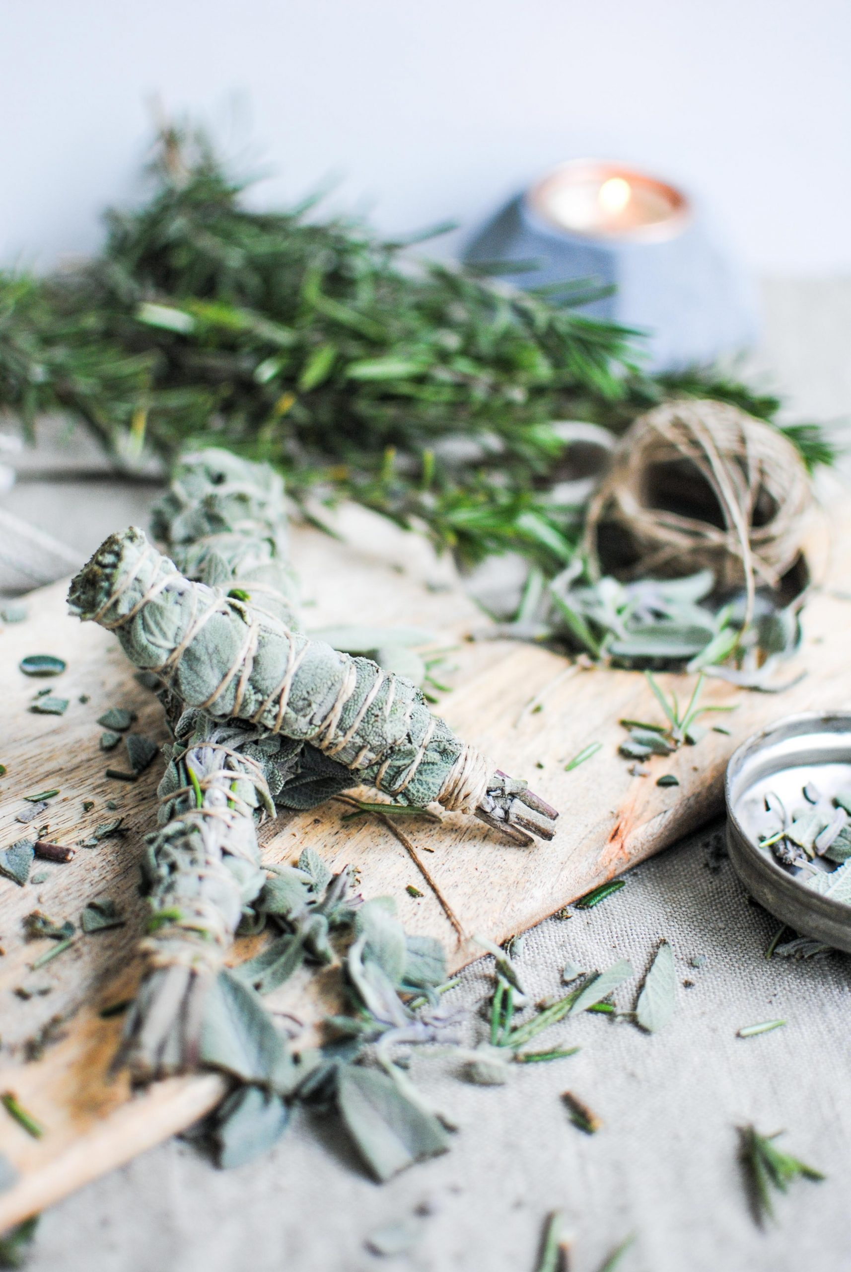 what's smudging + sage bundle | please consider | joana limao