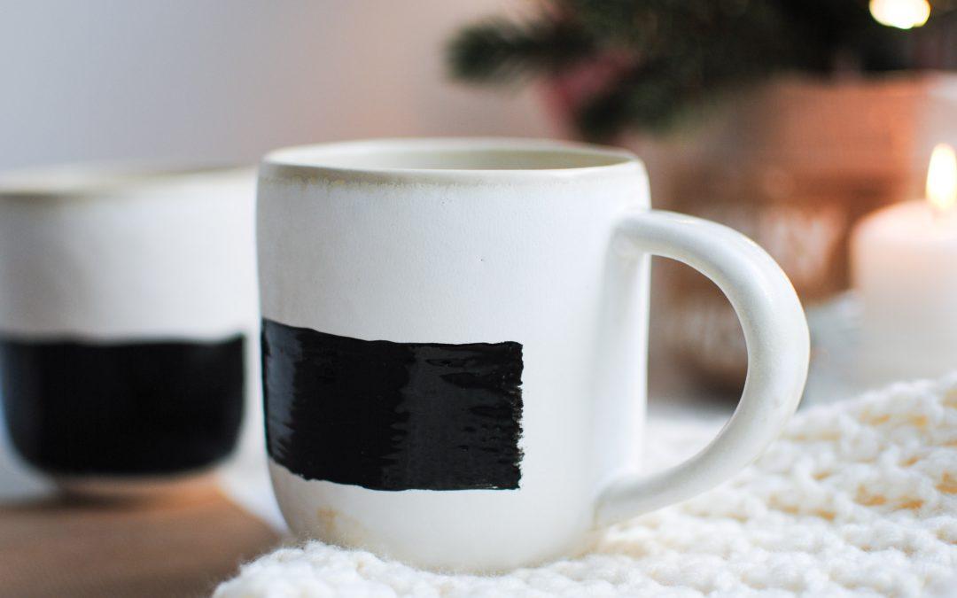 Homemade Christmas Gifts   Chalkboard Mugs