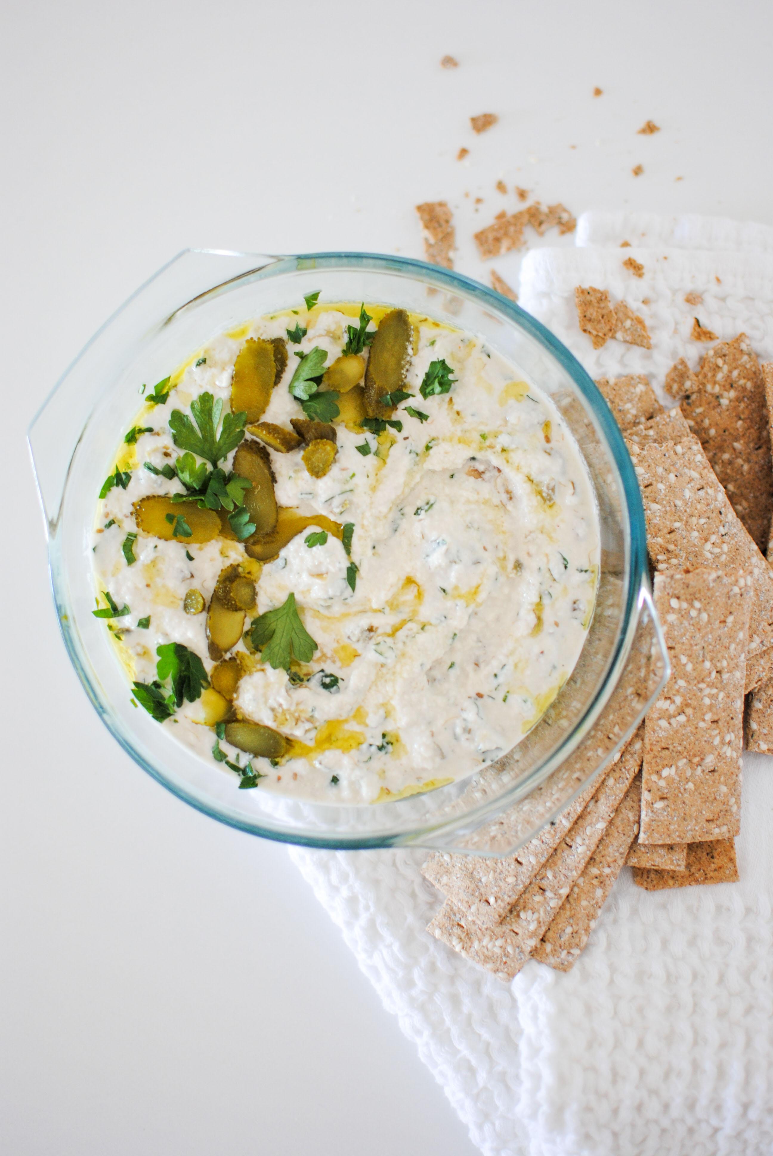 vegan tartar sauce | please consider | joana limao