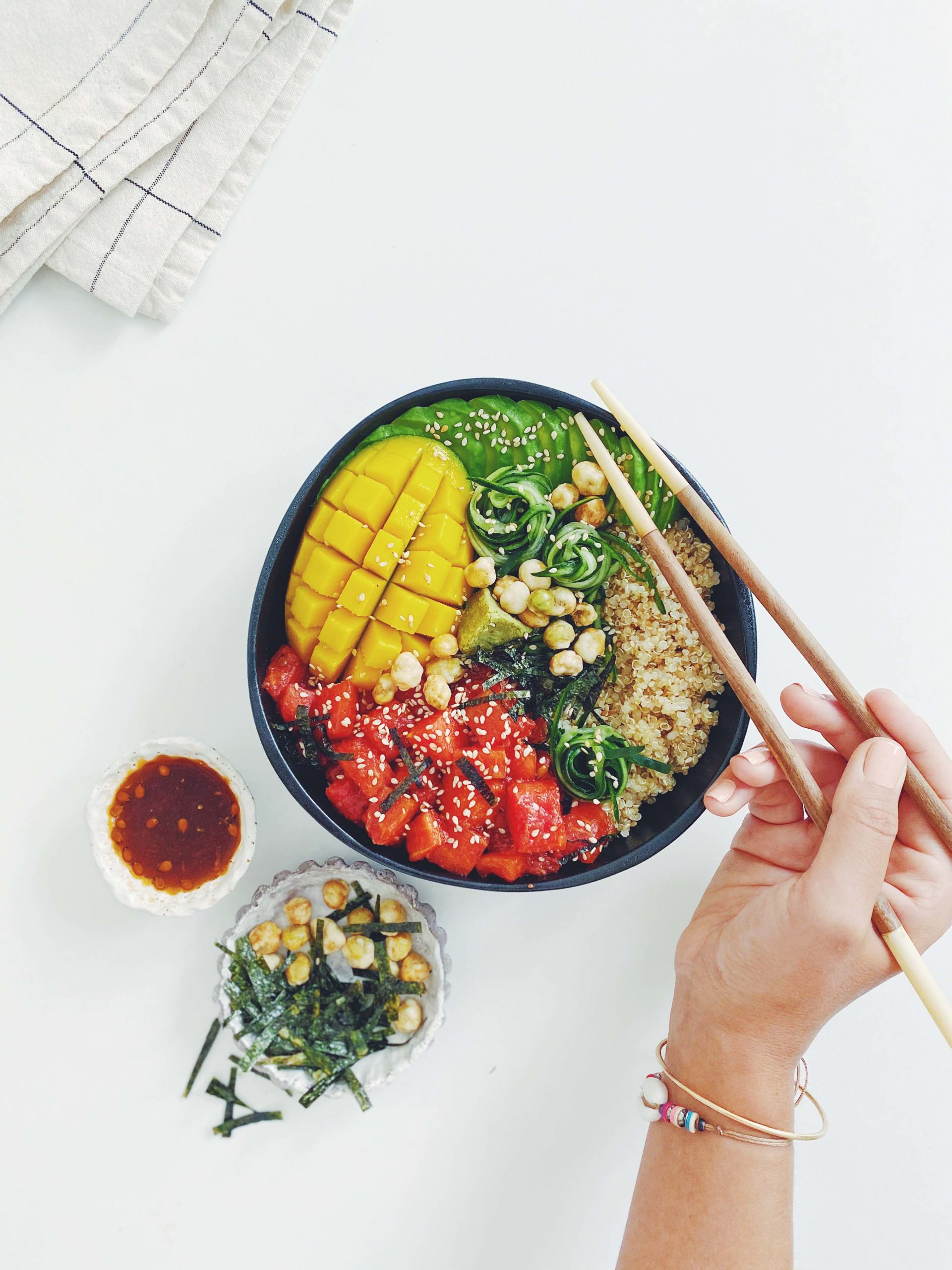 vegan tuna poke bowl | please consider | joana limao