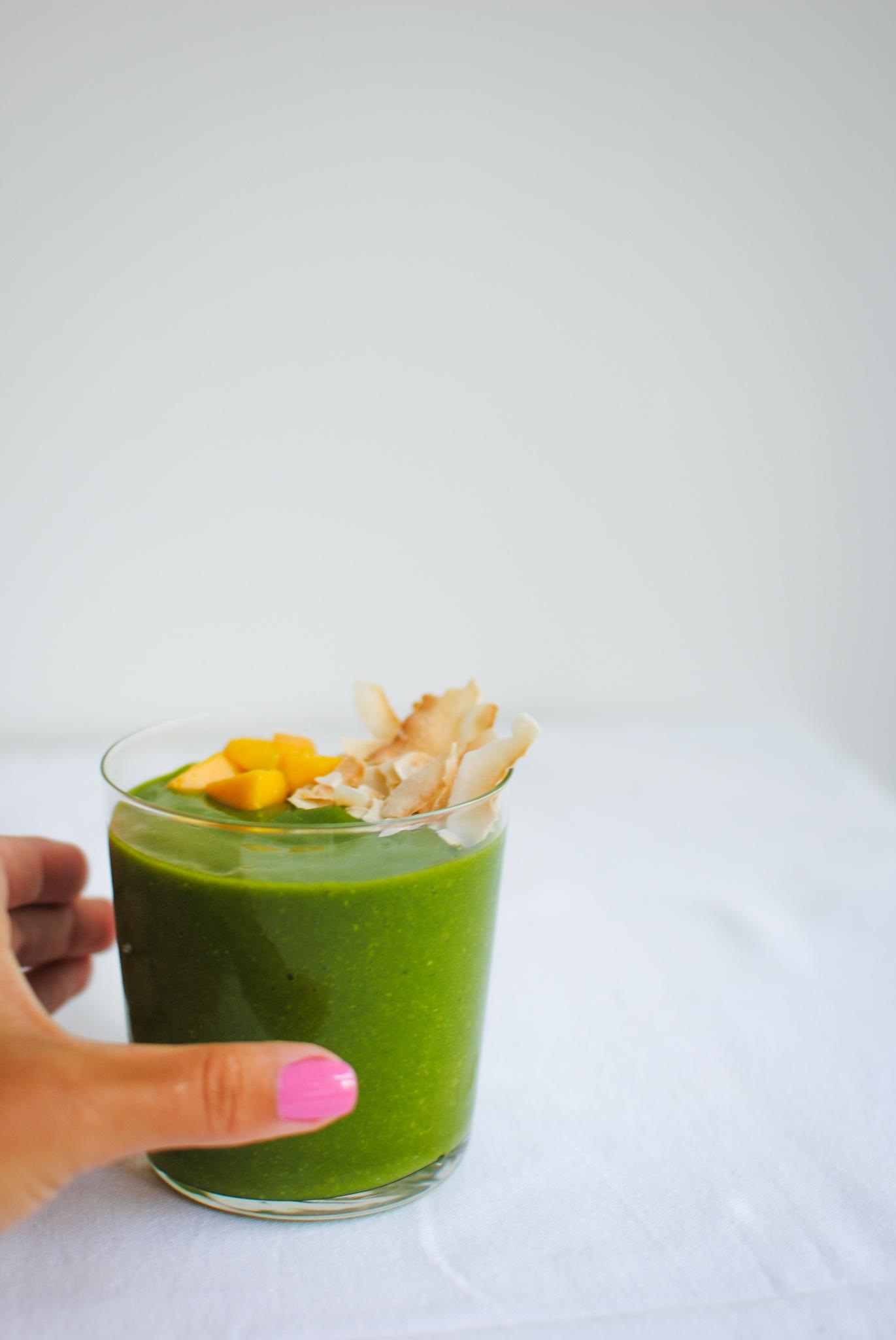 green vegan mango lassi | please consider | joana limao